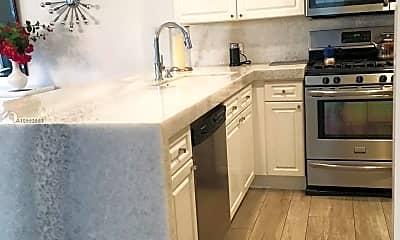 Kitchen, 8208 Heritage Club Dr, 1