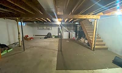 Building, 1130 Jaymar St, 2