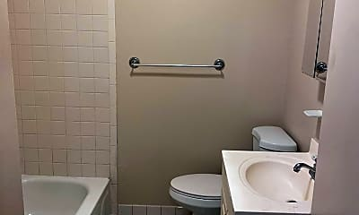 Bathroom, 3245 Aramingo Ave, 2