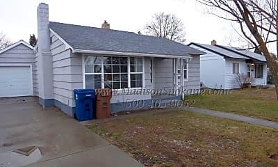 Building, 5528 N Milton St, 0