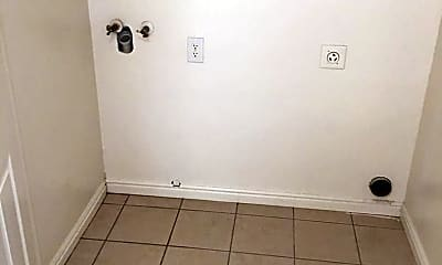 Bathroom, 152 S 500 W, 2