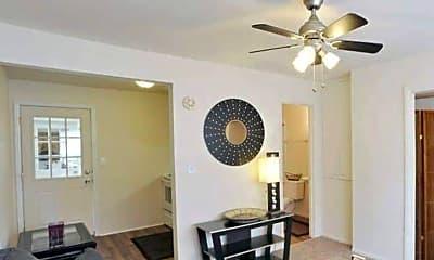 Living Room, 405 E College, 1