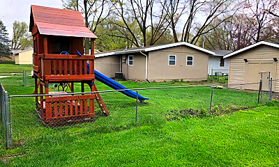 Playground, 540 Hillview Dr, 1