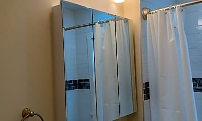 Bathroom, 153 Franklin St, 0