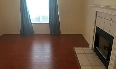 Living Room, 2905 Norwood Dr, 2