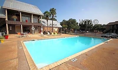 Pool, 8841 Timberpath, 1