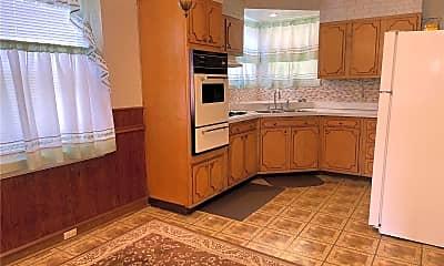 Kitchen, 5513 Bramlage Ct, 1