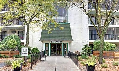 Building, 10531 Cedar Lake Road, 0