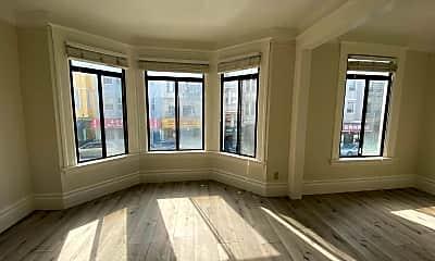 Living Room, 1318 Powell St, 1