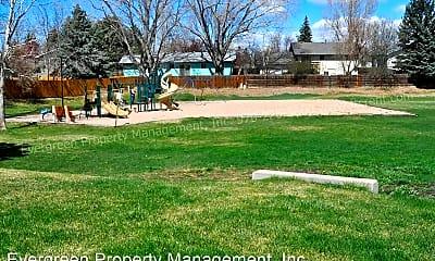 Playground, 842 Mansfield Dr, 2