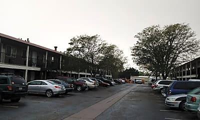 Crestone Apartments, 2