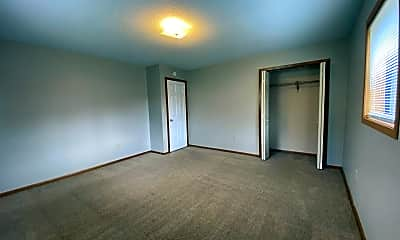 Bedroom, 1002 Oak St N, 2