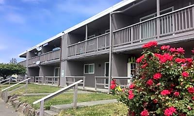 Building, 8415 Park Dr, 0