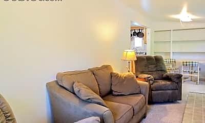 Living Room, 715 N Aurora St, 1