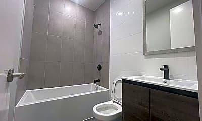 Bathroom, 725 Prospect Ave, 1