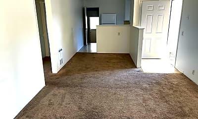 Living Room, 3728 Churn Creek Rd, 1