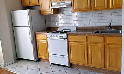 Kitchen, 179 E 105th St, 1
