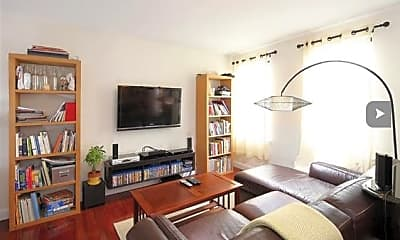 Living Room, 3315 Pleasant Ave 202, 1