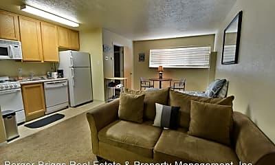Living Room, 1410 Girard Blvd NE, 2