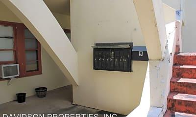 Building, 152 Harrigan Ct, 2