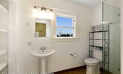 Bathroom, 2302 San Jose Ave, 2