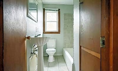 Bathroom, 1809 E 6th St, 2