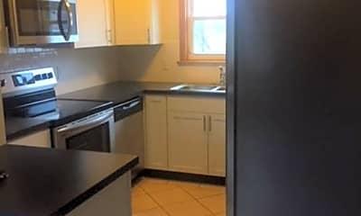Kitchen, 3214 Latonia Rd, 1