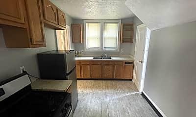 Kitchen, 3224 E 137th St, 1