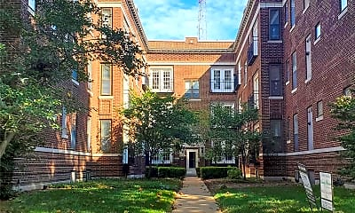 Building, 5677 Waterman Blvd 32, 0