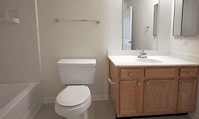 Bathroom, Gleneagles Apartments, 2