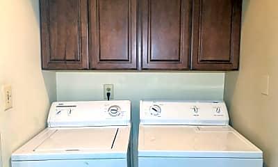 Kitchen, 10 Choate Ct, 2