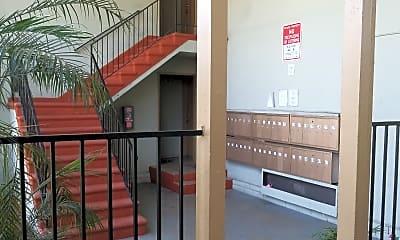Riviera Apartments, 2