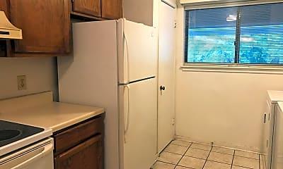 Kitchen, 36 DeAllyon Avenue Unit 105, Springwood Villas, 0
