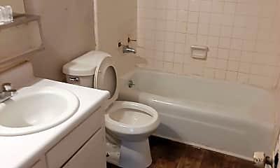 Bathroom, 3 Orlystes Dr SW, 1