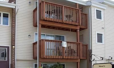 Shenandoah Village Apartments, 2