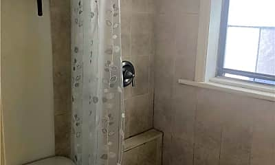 Bathroom, 30-52 23rd St 3R, 2