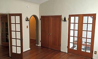 Bedroom, 607 S Cloverdale Ave, 1