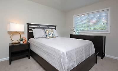 Bedroom, 1700 Hillcrest Dr, 2
