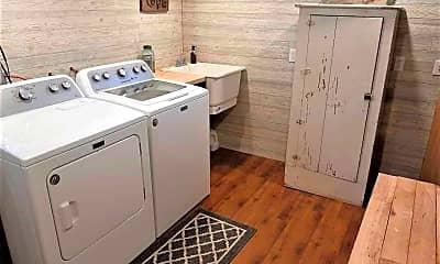 Kitchen, 155 Rodney Ct, 2