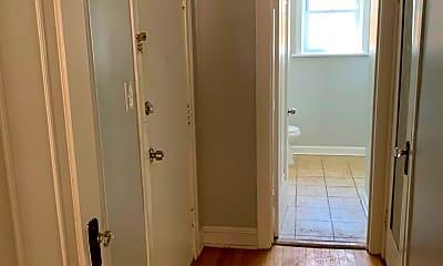 Bathroom, 1504-1506-1508 w fargo, 2