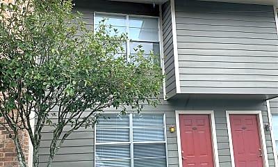 Shenandoah Bend Apartments, 2