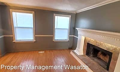 Bedroom, 4414 Edgeware Ln, 2
