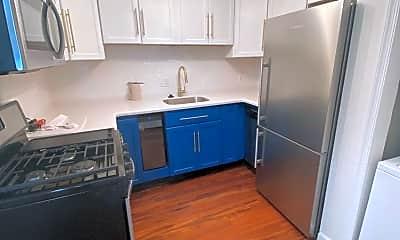 Kitchen, 1032 6th St NE 101, 1