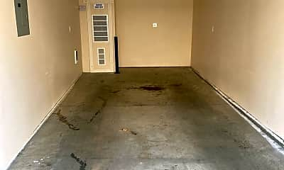 Living Room, 139 NW Revere Ave, 2