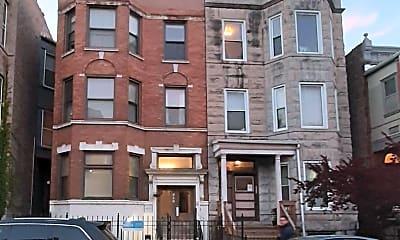 Building, 910 W Addison St, 0
