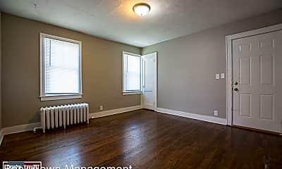 Living Room, 4915 Davenport St, 1