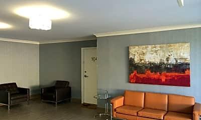 Living Room, 468 S Roxbury Dr, 2