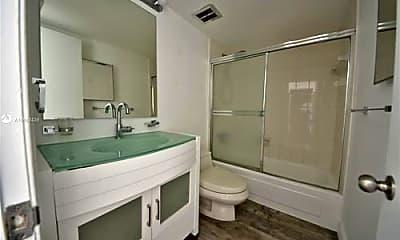 Bathroom, 6886 N Kendall Dr, 2
