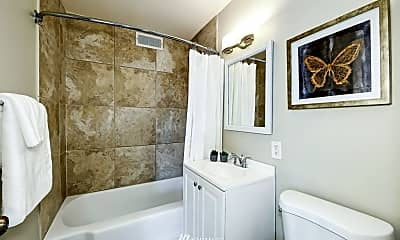 Bathroom, 4405 SW Alaska St, 2