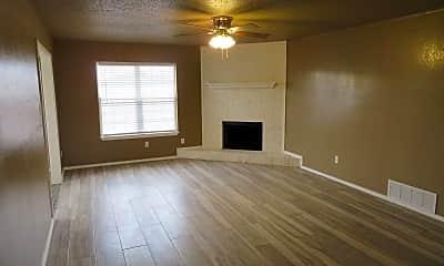 Living Room, 1401 Aberdeen Ave, 1